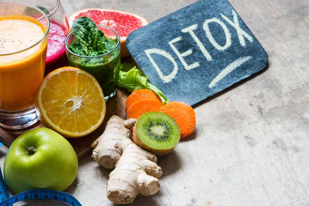 10 receitas de sumos detox para ficar em forma
