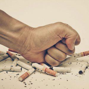Deixar de fumar é agarrar a vida