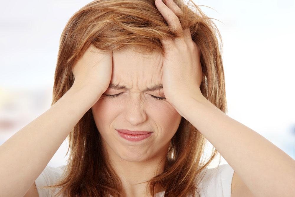Dor de cabeça vs Enxaqueca: causas, diferenças e tratamentos