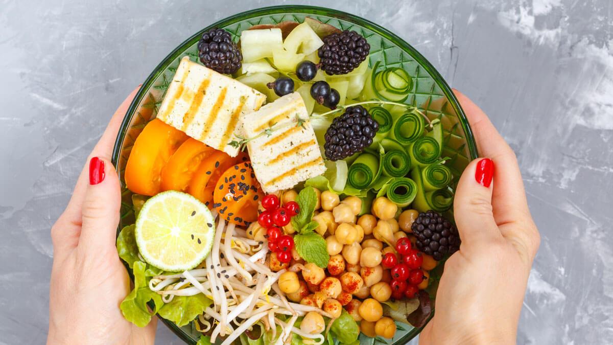 Benefícios e riscos da dieta vegetariana
